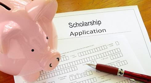 Can A Student Get A  Per Cent Scholarship To Study Abroad